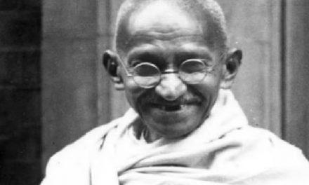 Mahatma Gandhi: ಮಹಾತ್ಮ ಗಾಂಧಿಗೆ ಅಮೆರಿಕದ ಅತ್ಯುನ್ನತ ನಾಗರಿಕ ಪ್ರಶಸ್ತಿ ನೀಡಲು ನಿರ್ಣಯ ಮಂಡನೆ